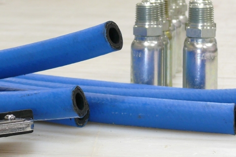 Top Reasons to Source Your Operation's Hydraulic Hose from Kent Rubber Supply